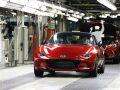 Новое поколение Mazda MX-5 сохранит бензиновый двигатель